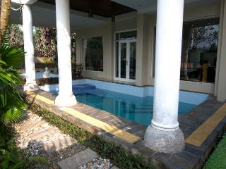 Beautiful 6BD6BA Villa with Private Pool & Spa - Ho Chi Minh City vacation rentals