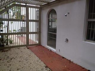 Nice apartment at  Ocean Park beach - San Juan vacation rentals