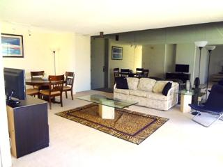 Spacious Affordable Vacation Home in Waikiki - Honolulu vacation rentals