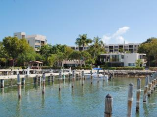 Holidays are fast approaching! Book Now! - Key Largo vacation rentals