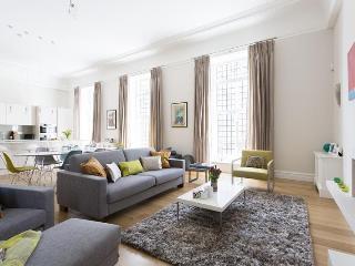 Kingsway Vacation Rental in London - London vacation rentals