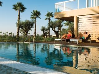 Luxury 4 Bedroom Townhouse in 5 Star Resort in Salgados Beach - Albufeira vacation rentals