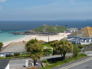 Dolphins - St Ives, Sea Views, Family Friendly - Saint Ives vacation rentals
