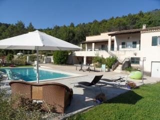 Villa with  private pool near Aix en Provence - Aix-en-Provence vacation rentals