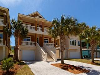 Exquisitely Decorated 4BR/4.5BA Near Ocean Home will be Enjoyed by All - Hilton Head vacation rentals