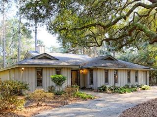 Attractive 4BR/2.5BA Palmetto Dunes Home New Pool, Stone Patio, Furnishings - Hilton Head vacation rentals