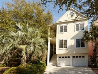 Most Luxurious 4BR/5.5BA Rental Home with Pool that is Pet Friendly - Shipyard Plantation vacation rentals