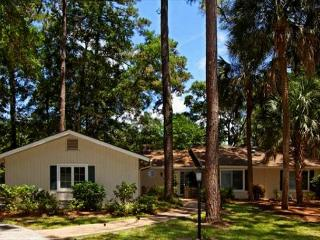 Golf Course Location with Private Pool 3 BR/2.5BA Home is Super Appealing. - Shipyard Plantation vacation rentals