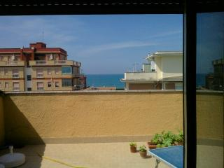 torvaianica  vicino zoomarine,roma,ostia ,outlet - Campo Ascolano vacation rentals