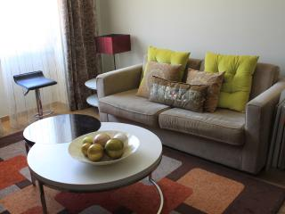 Saldanha Prime 76 With Internet Great And New - Lisbon vacation rentals