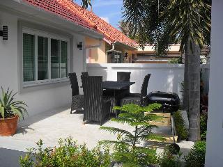 Spacious Thai Style Pool Villa - Perfect Rawai - Patong Beach vacation rentals