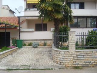 Apartment 2+2 Anavi In Rovinj - Rovinj vacation rentals
