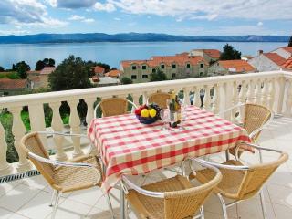 AdriaBol Toni 5 - Bol vacation rentals