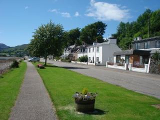 Glayva Luxury Holiday Cottage - Lochcarron vacation rentals