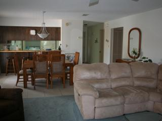 SUMMER SPECIAL! MAY 30-JUNE 13 $995/WK! BOOK NOW! - Fort Walton Beach vacation rentals