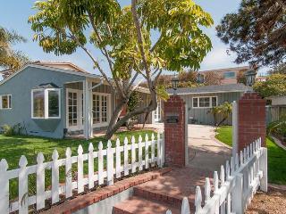 Sea Star Beach Cottage 5535 Chelsea Avenue - Pacific Beach vacation rentals