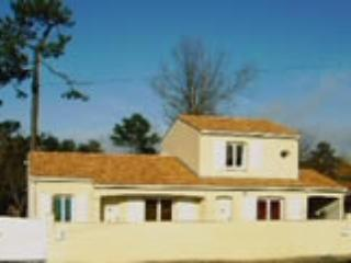 villa 200 m from the sea and shops - Saint-Georges d'Oleron vacation rentals