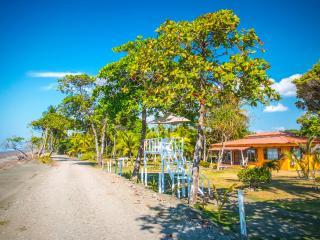 Tres Amigos Island Villas - Villa Rosada - Parrita vacation rentals