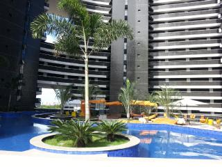 Luxurious condo on the beach! 1201 gold Lanscape - Fortaleza vacation rentals