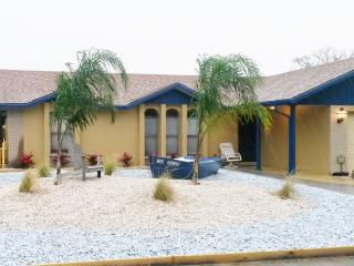 THE SEASCAPE  PRIVATE POOL, HOT TUB, GAME ROOM - Bradenton vacation rentals