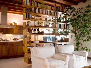 Elegant and quiet B&B in Udine - Friuli-Venezia Giulia vacation rentals