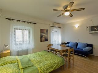 Apartment Studio Opatija Volosko 2 - Opatija vacation rentals