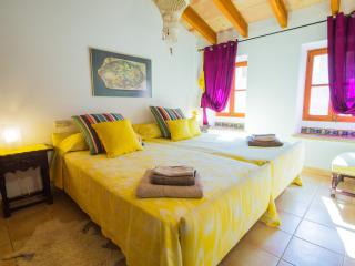 Magnificent townhouse in Santa Eugenia - Pollenca vacation rentals