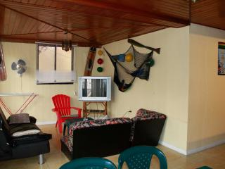 APARTAMENTOS BETTY 101 PARA VACACIONAR - San Andres vacation rentals