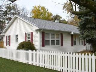 Walton Cottage - South Haven vacation rentals