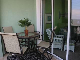 PERFECT 2 BEDROOM BAY FRONT FISHING CONDO - Fort Morgan vacation rentals
