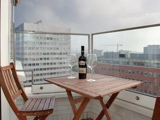 Modern 3 Bedroom Central Apartment - Image 1 - Amsterdam - rentals