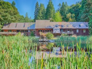 Harbor Creek Lodge: 17,000 Sq Ft Lodge on 18 Acres - Puyallup vacation rentals