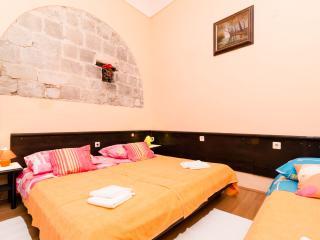 Dubrovnik Fun Studio Apartment 6 - Dubrovnik vacation rentals