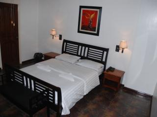 Luxury 1Br. Apartment Makati Avenue (702) - Pasig vacation rentals