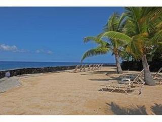 Ocean views from Casa De Emdeko 307 -AC Included! - Kailua-Kona vacation rentals