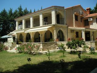 Apartment in the house close to the beach - Istria vacation rentals