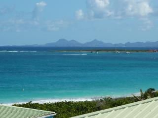 Luxury Studio with sea view at Mount Vernon Residence - Orient Bay vacation rentals