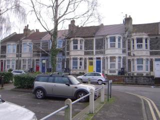 Small double bedroom in Bedminster - Bristol vacation rentals