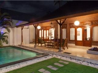 Kubu Luxury 2 Bed Villa,Seminyak - Seminyak vacation rentals