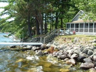 Charming Sebago Lake Cottage - May, June Specials - Waterboro vacation rentals