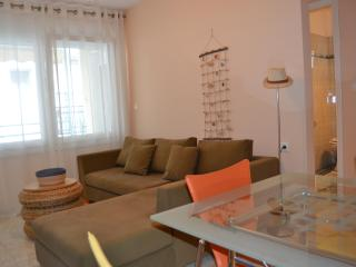 IASON - Paralia Holiday Apartment - Makry-Gialos vacation rentals