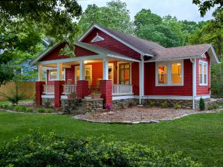 The Red Cottage -Great location! 15 minute to Avl - Black Mountain vacation rentals