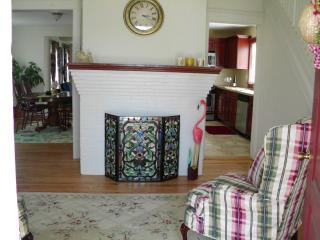 Point Pleasant Beach Seashore Colonial - Point Pleasant Beach vacation rentals