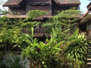 Thai Traditional Teak House - UNIQUE IN BANGKOK !! - Bangkok vacation rentals