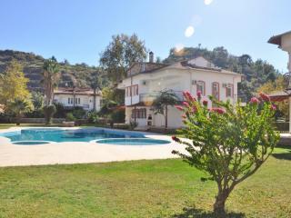 Dim Cayi Villa (8), Rent holiday Villas in Turkey - Alanya vacation rentals