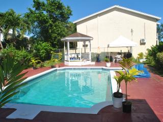 Triple M's Seabreeze Cottage - PERFECT LOCATION!! - Nassau vacation rentals