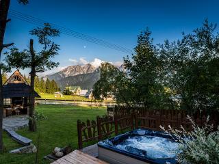 Luxury Goralski SPA cottage with jacuzzi, sauna - Zakopane vacation rentals
