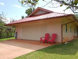 Pupukea's Avocado Village - Haleiwa vacation rentals