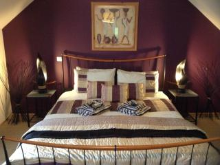 Bed & Breakfast on the Nantes - Brest Canal - Brittany vacation rentals