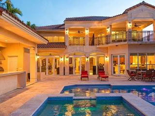 Villa Tuscany 5 BD / 4 BA Hibiscus Island bay front pool home - Miami Beach vacation rentals